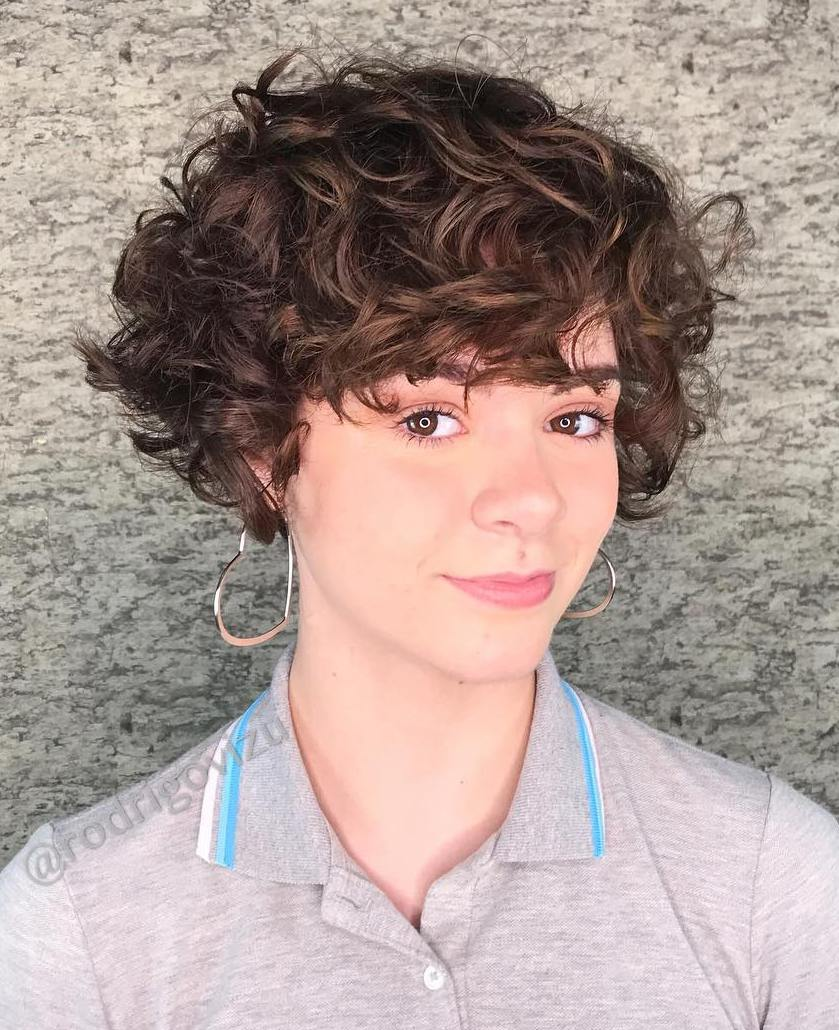 Flirty Curly Pixie Bob
