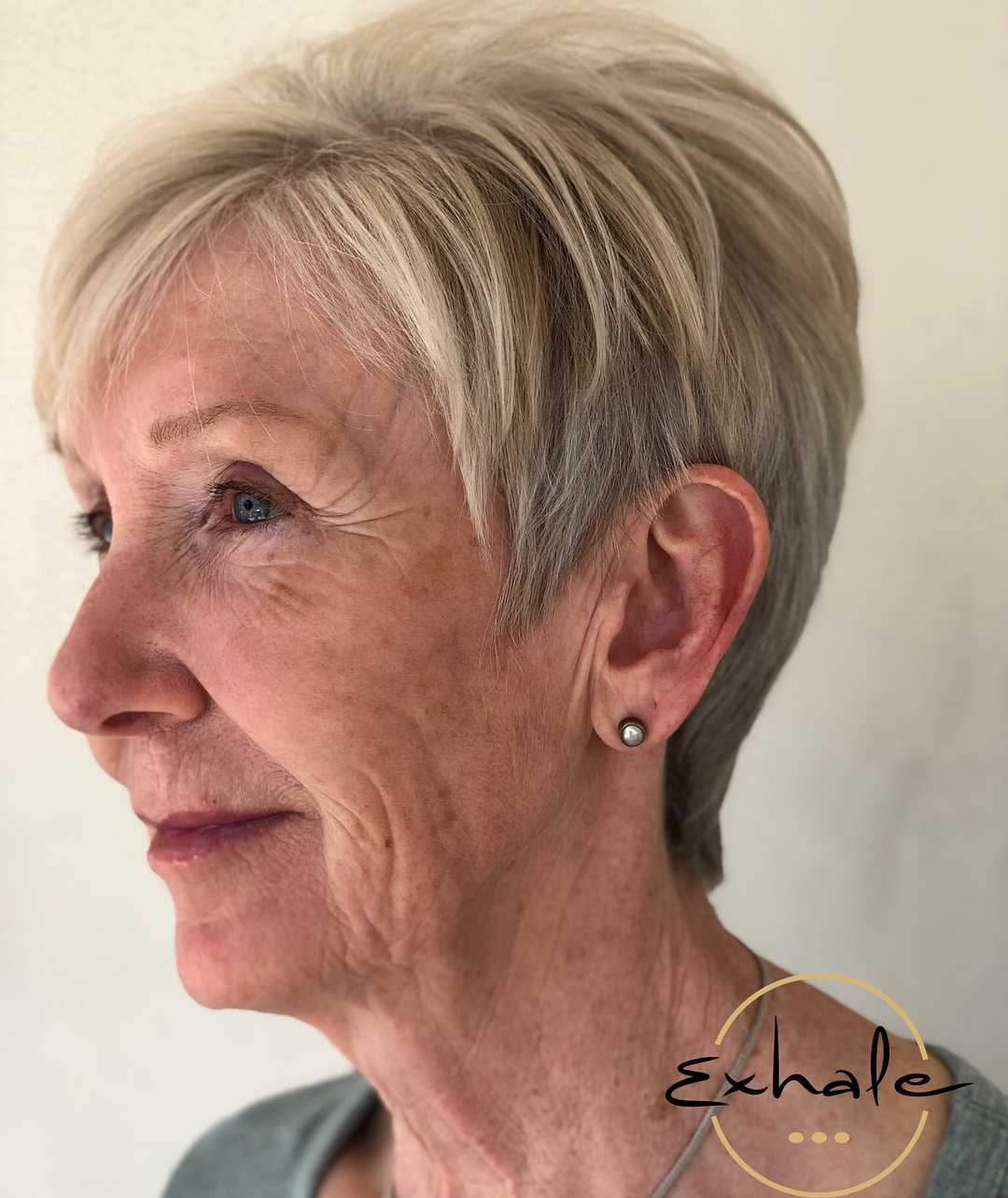 Tapered Gray Blonde Pixie