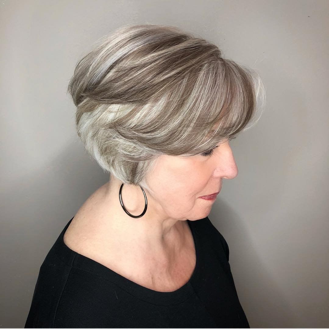 Silver Gray Hair With Lowlights