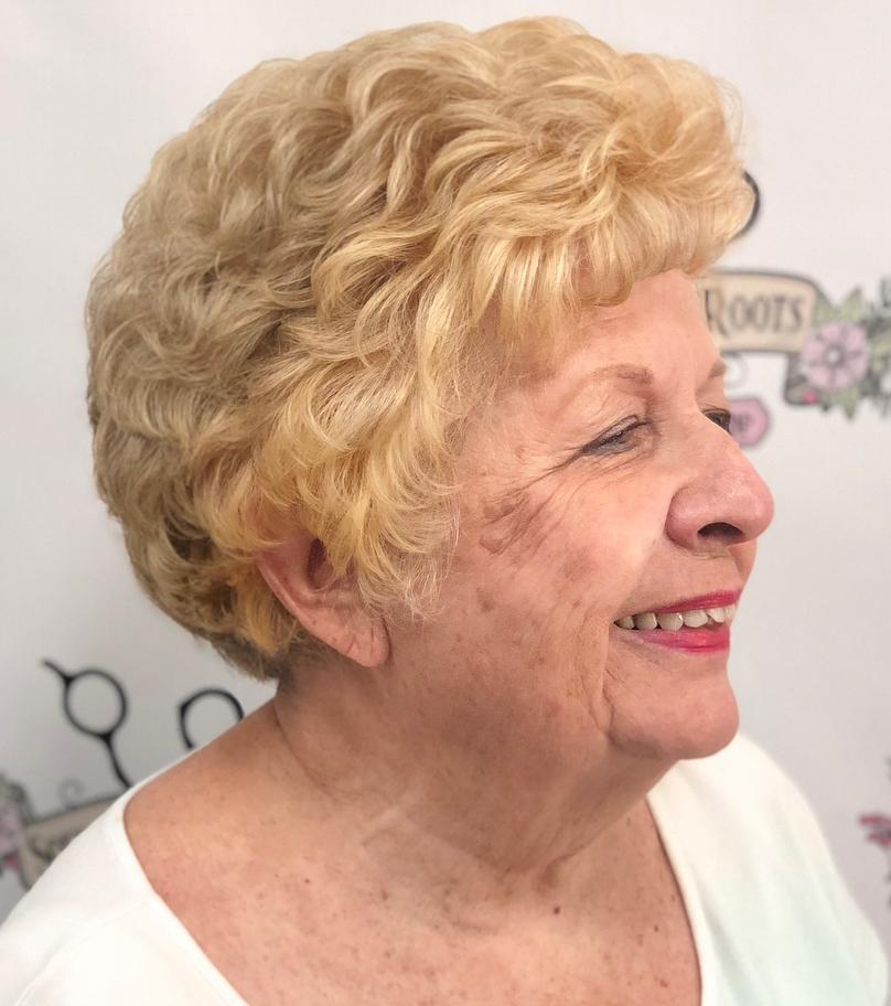 Short Wavy Hair For Older Women