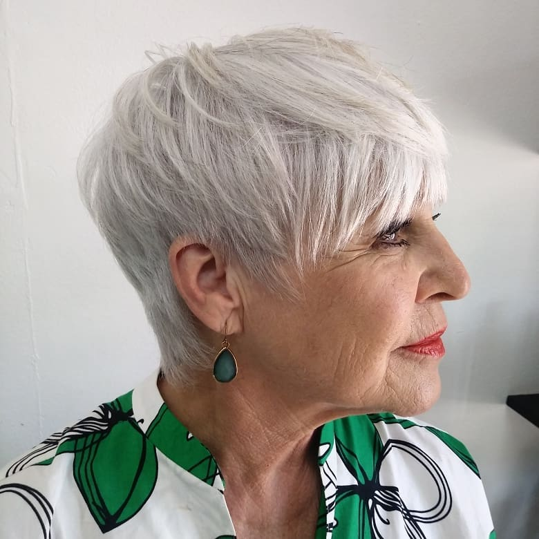 20 elegant hairstyles for women over 70 to pull off in 2020