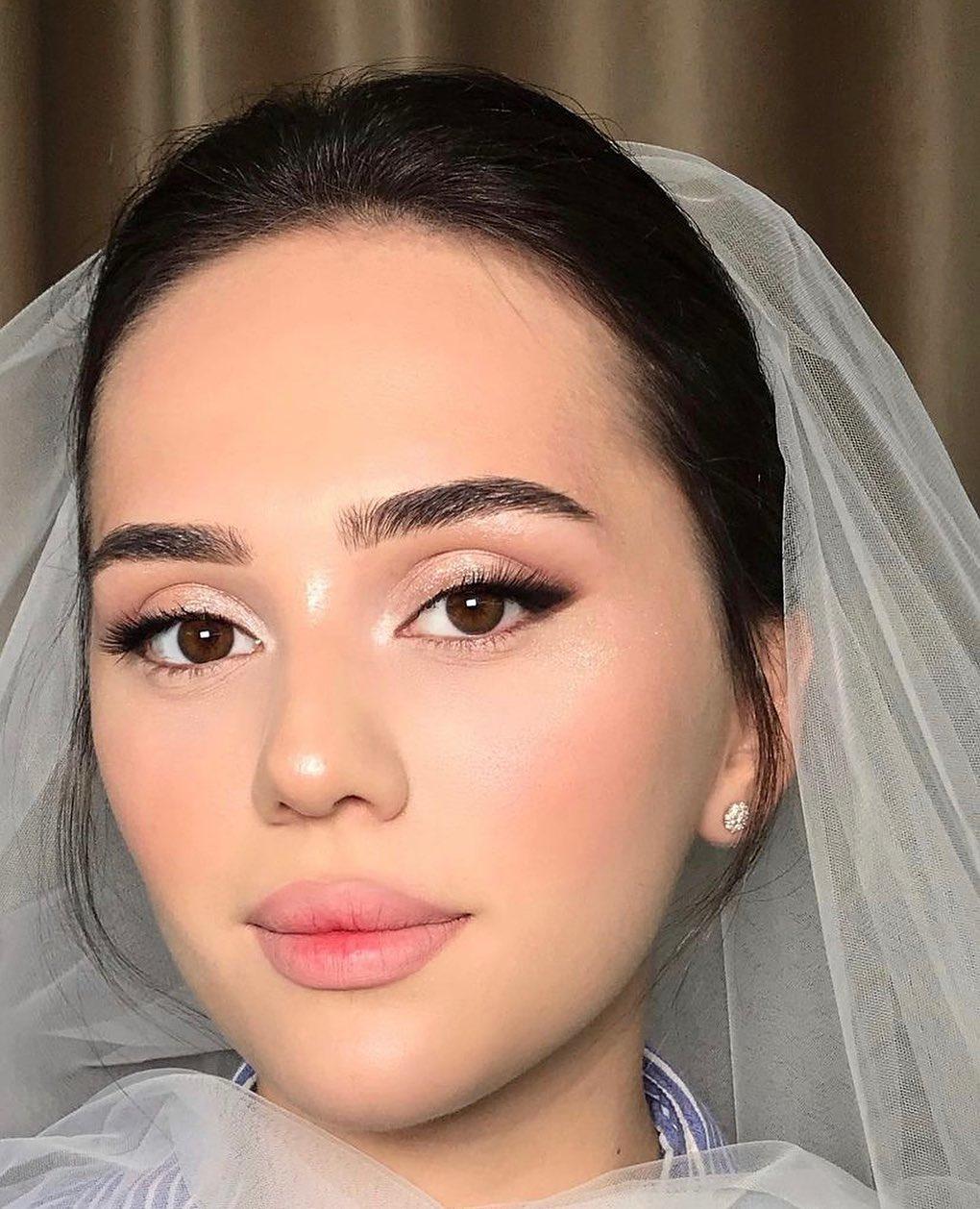 subtle wedding makeup look