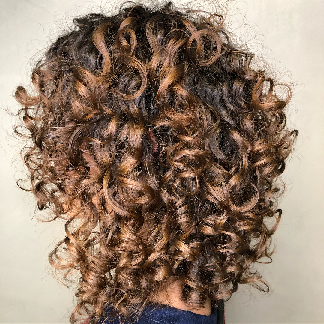 25 Must-Try Medium Length Layered Haircuts for 2020