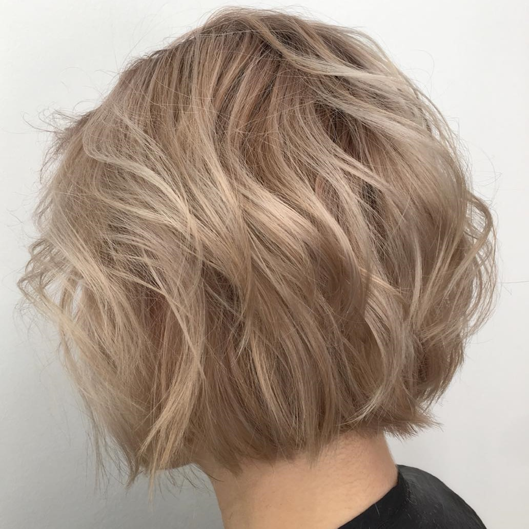 Delicate Thin Blonde Bob With Babylights