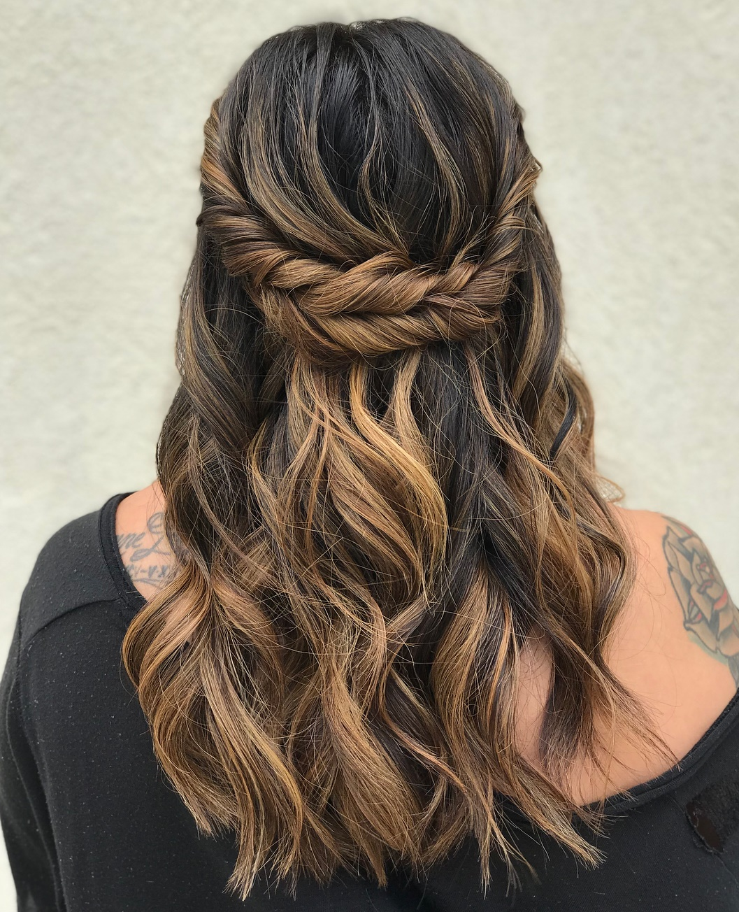 30 Picture,Perfect Updos for Long Hair Everyone Will Adore